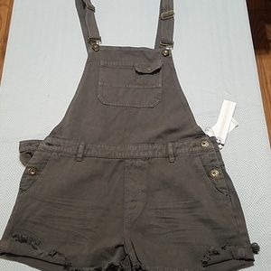 Juniors O'Neill short overalls. Gray size 11